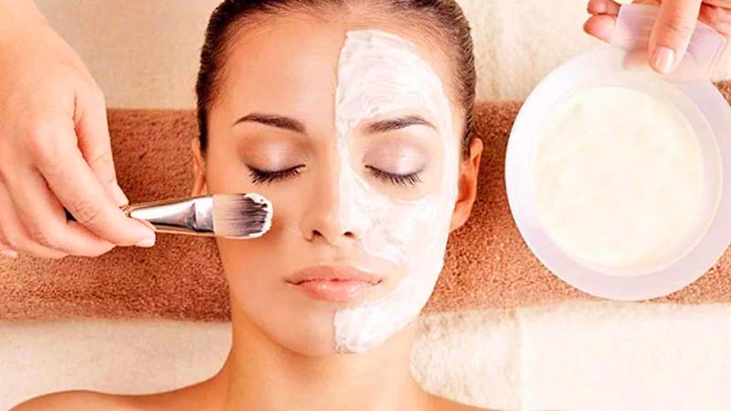 Регулярность чисток кожи лица для девушки