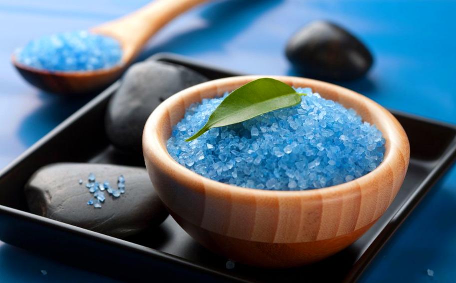 Морская соль синего цвета