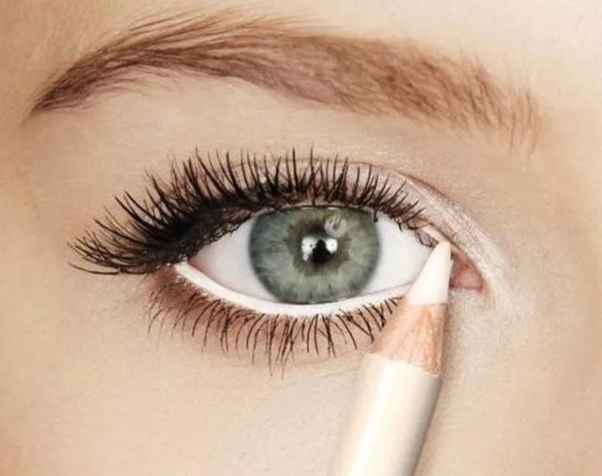 Фото, как делать макияж для подростков на новый год
